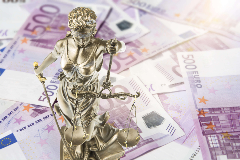 Figur von Justitia auf Geldscheinen